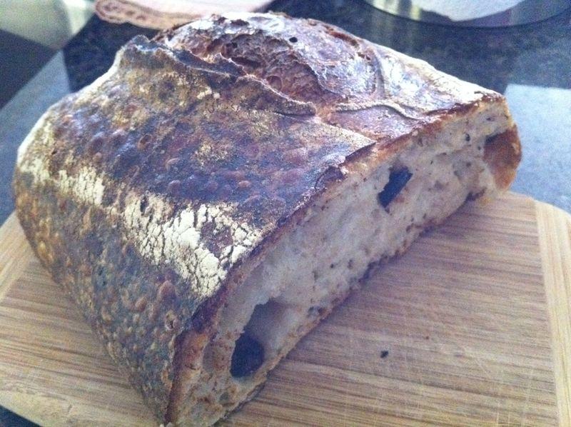 Tartine_bakery_olive_bread